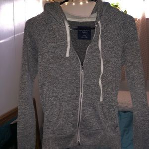 American Eagle grey zip up hoodie with fuzzy hood